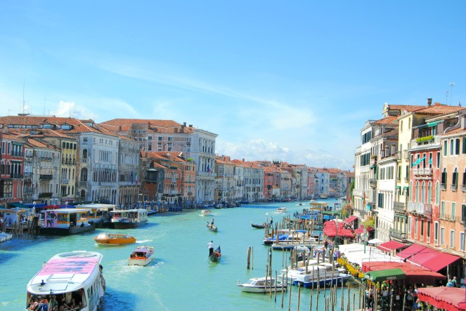 venice-brigde-italy-channel-canal-blue-water