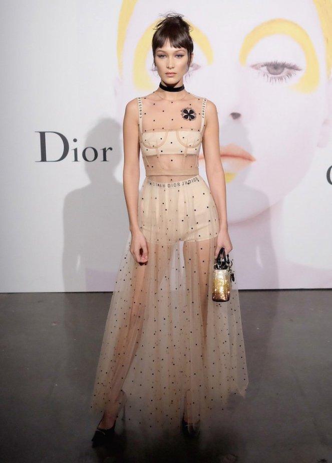 fashion-trend-bralette-dior-bella-hadid-1