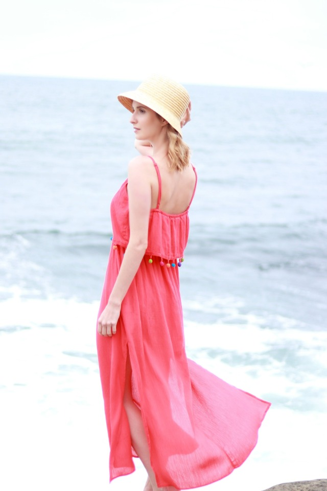 Codename Couture Fassio Blogger Travel Essentials What to Pack Tassle Sundress Peach Maxi Beach Wear Fashion Photography Inspiration